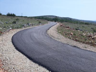 Sanacija nerazvrstanih cesta na području grada Obrovca